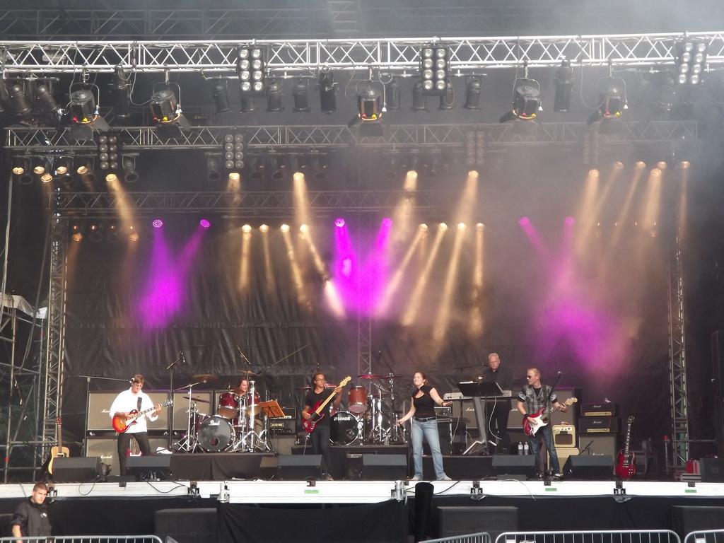 hotline-showband-festival01